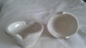 Alien egg lidded vessel, Pinch pot