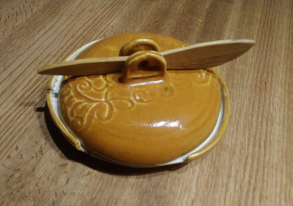 Tangerine Round Butter Dish