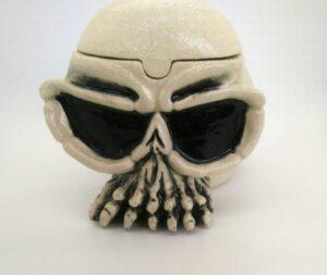 Skull Lidded vessel
